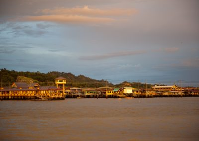 Kampung Ayera, el pueblo flotante más grande del mundo