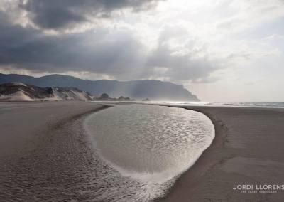 Reflejos en la playa de Detwa