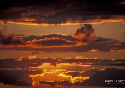 Cielo de atardecer en el desierto de Akakus