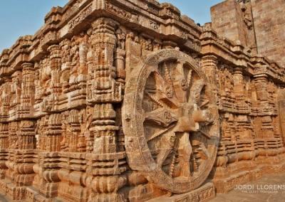 Las ruedas del templo de Suria,  Konark