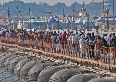 Millones de hindúes acuden cada 12 años a la ciudad de Allahabad