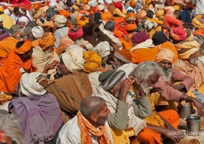 Los sadhus, muy venerados y a veces temidos representan el saber ancestral de la India
