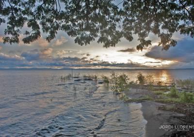 Atardecer en el lago Cocibolca, Isla Ometepe