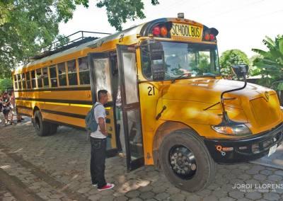 Autobús urbano en Altagracia, Isla Ometepe